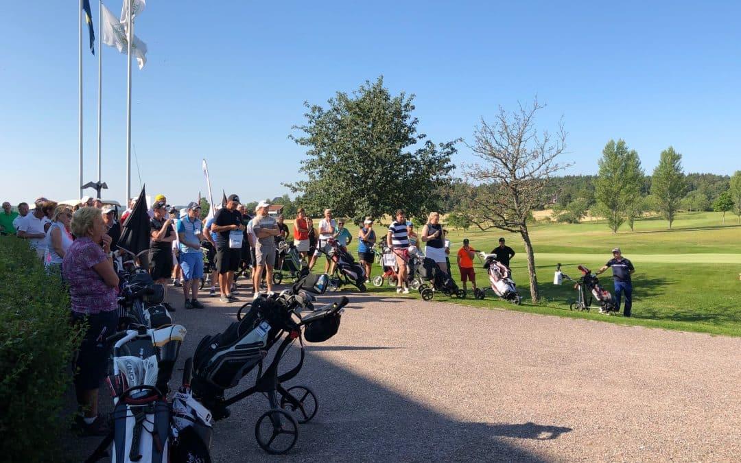 Många vill spela golf